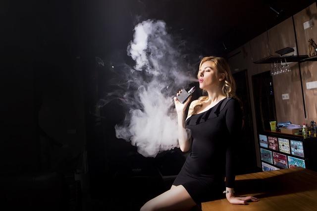 cigarette électronique et e-liquide